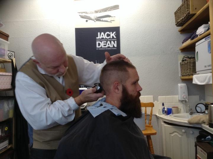 cut-throat-shaving-phil-weaver-dave-beard-and-hair-trim
