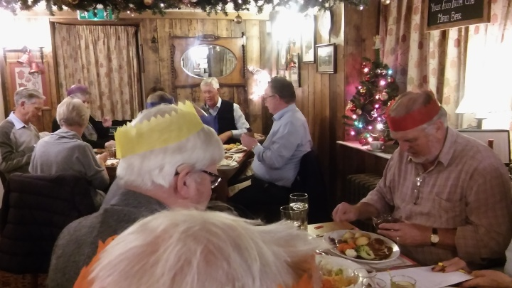 sidmouth-rotary-christmas-dinner-blue-ball