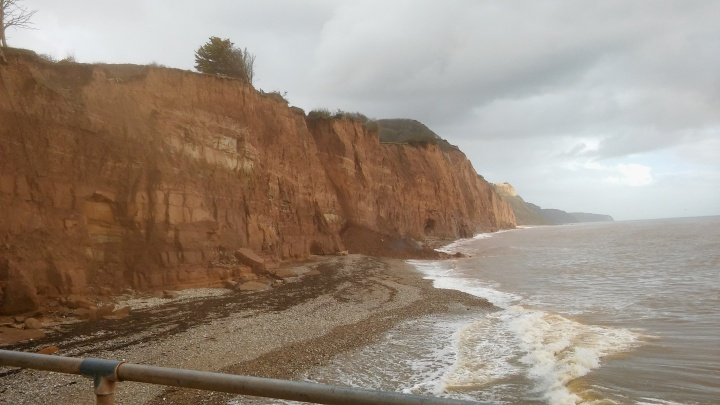 cliff-fall-sidmouth-1-13pm