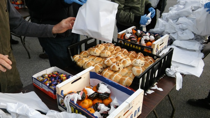 hot cross buns sidmouth goodie bags
